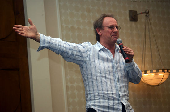 Peter Davison at NEFE 2008 (0060)